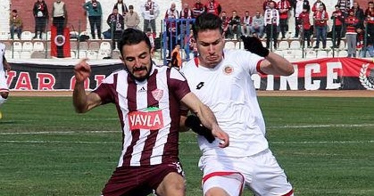 Trabzonspor'dan Mert Çetin'e kanca