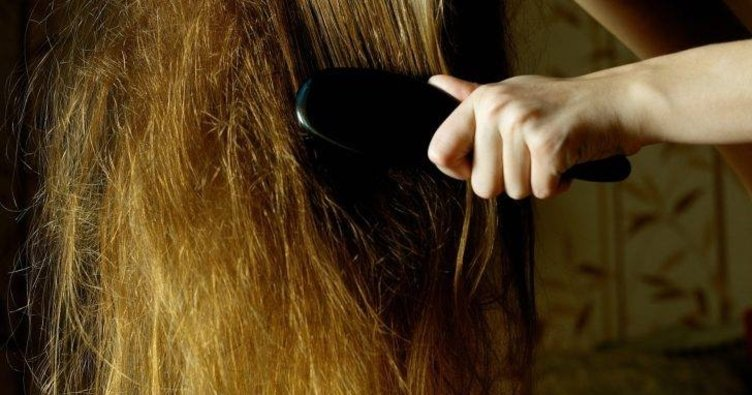 Yıpranmış saçlara ne iyi gelir? Evde doğal ve bitkisel yöntemlerle yıpranmış ve yanmış saç uçları nasıl onarılır?