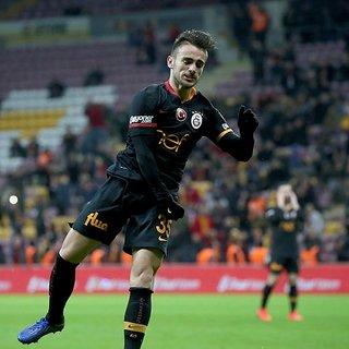 Son dakika Galatasaray transfer haberleri! Galatasaray'ın iki yıldızı satışa çıkarıldı