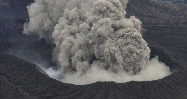 Japonya'da Aso Yanardağı harekete geçti! Alarm seviyesi artıyor