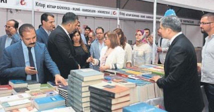 Gaziantepliler kitabı seviyor