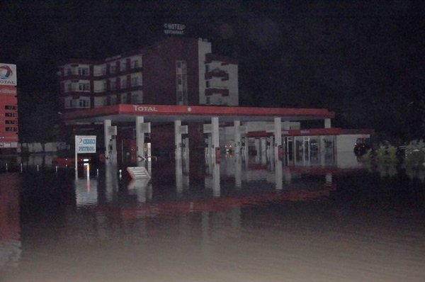 Sel felaketi gece geldi