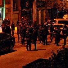 Gece kulübünde silahlı kavga: 2 yaralı