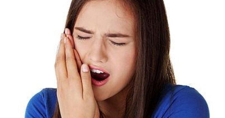 Diş eti ağrısına ne iyi gelir, nasıl geçer? Diş eti ağrısına anında ve kesin çözüm