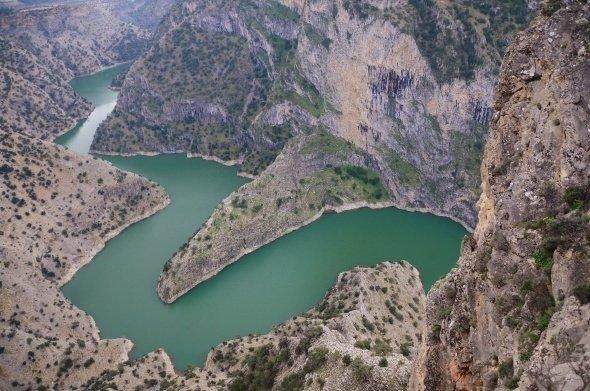 Denizli'de bu kanyonu görenler hayran kalıyor
