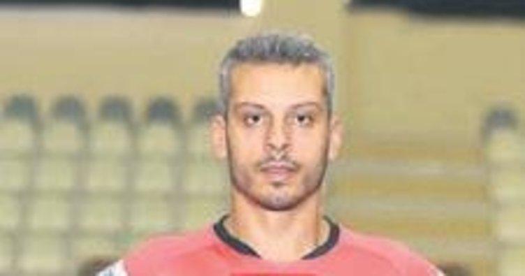 AEK, Yunus Özmusul'un sözleşmesini feshetti