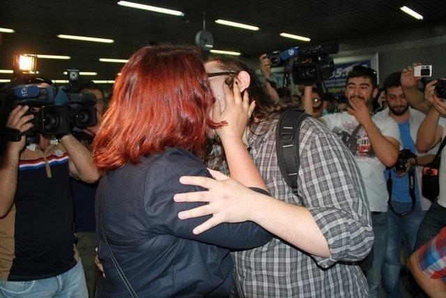 Ankara'da öpüşme eylemi