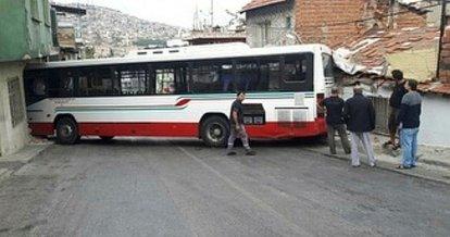 İzmir'de facianın eşiğinden dönüldü