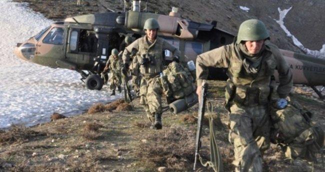 Eruh'taki operasyonlarda 2 korucu şehit, 5 PKK'lı öldürüldü