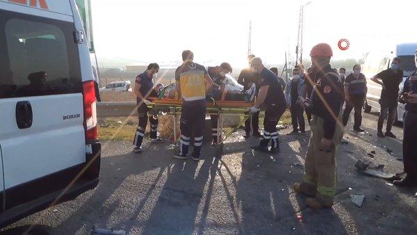 Son dakika haberi: İstanbul'da işçileri taşıyan servis kaza yaptı: 2'si ağır 8 yaralı | Video