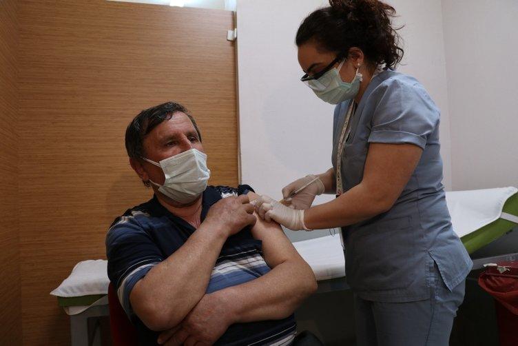 Son dakika   Kovid-19 aşısında flaş açıklama: İkinci dozu yaptıranlar...