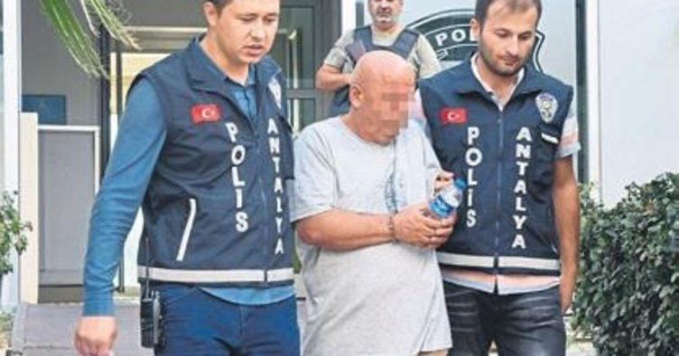 Sahte doktora polis baskını