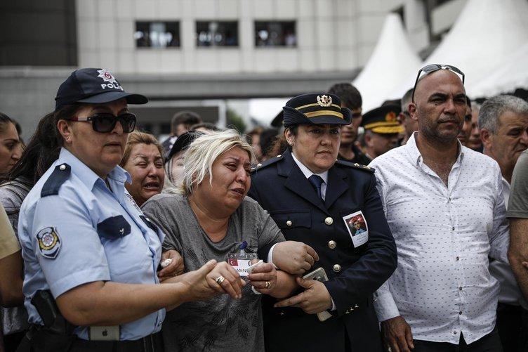 DEAŞ'lı teröristin saldırısında şehit düşen Sinan Acar için veda töreni