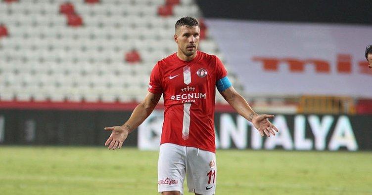 Antalyaspor'da Podolski şoku!