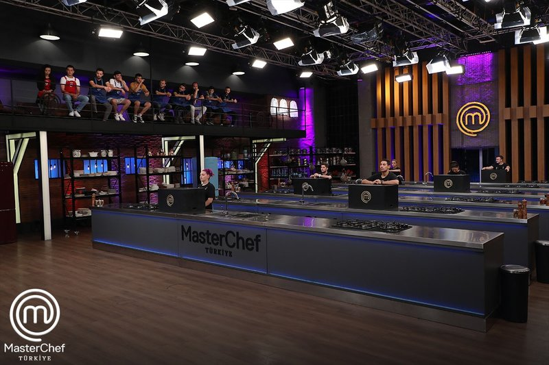 Son Dakika MasterChef'te kim elendi? TV8 ile 12 Eylül 2021 MasterChef'te kim gitti? Kritik eleme gecesinde veda eden isim... 14