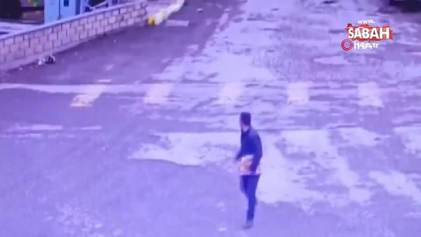 Erzincan'da fırtınanın uçurduğu çatılardan kaçan insanların panik anları kamerada   Video