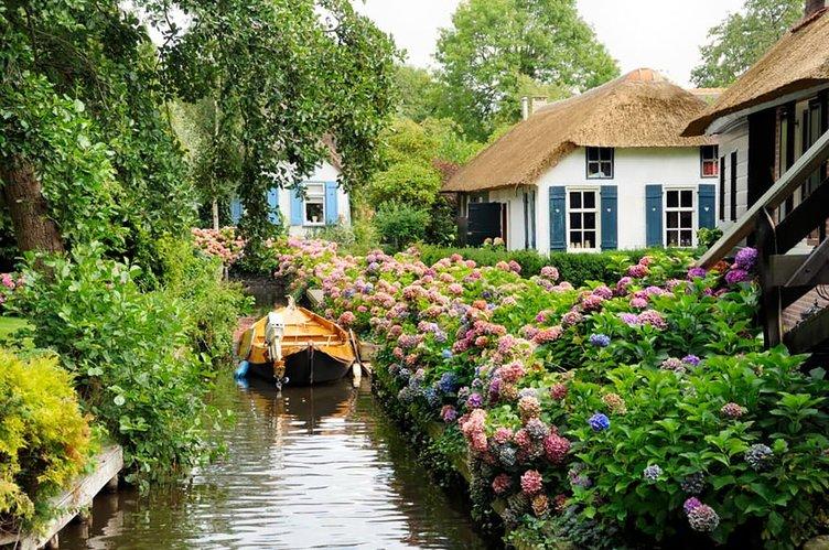 Bu köyün yolu yok ama…