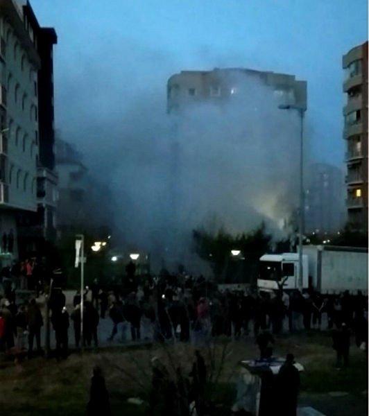 Son dakika: İstanbul Çekmeköy'de askeri helikopter düştü... işte olay yerinden ilk kareler