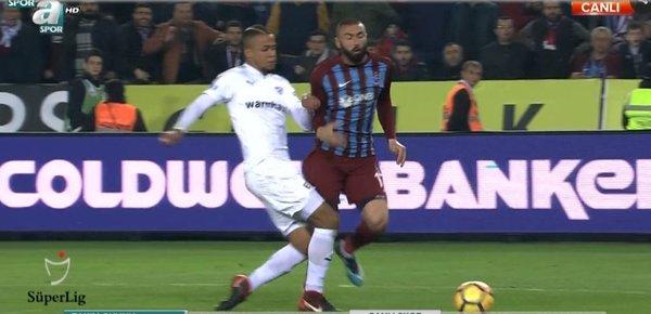 Erman Toroğlu penaltı pozisyonlarını değerlendirdi