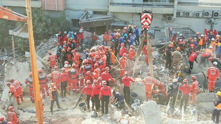 Son dakika: Milyonlar Dayan Seda dedi! İzmir'deki depremde enkaz altında kalan Seda Dinçer'in cansız bedenine ulaşıldı!