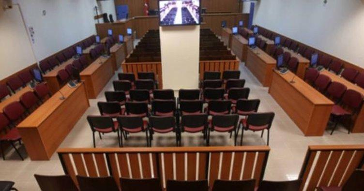 Kumpas davalarını onayan eski Yargıtay üyesine hapis