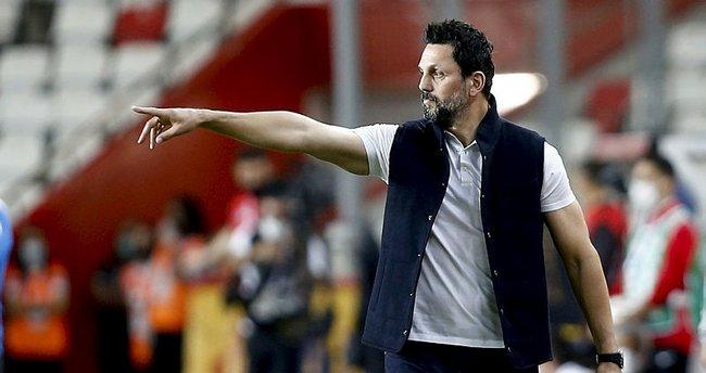 Fenerbahçe-Antalyaspor maçının ardından Erol Bulut'tan açıklama! Taç pozisyonlarını çalışıyoruz