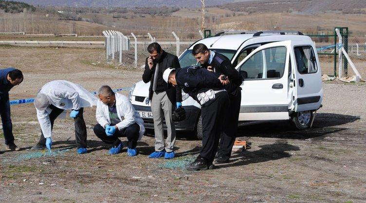 Genç çift araçlarında infaz edildi!