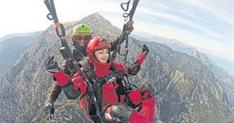 Tahtalı'da turistler özgürlüğe uçuyor