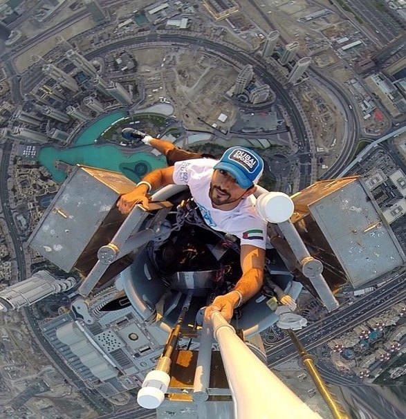 Dubai Prensi'nin çılgın fotoğrafları