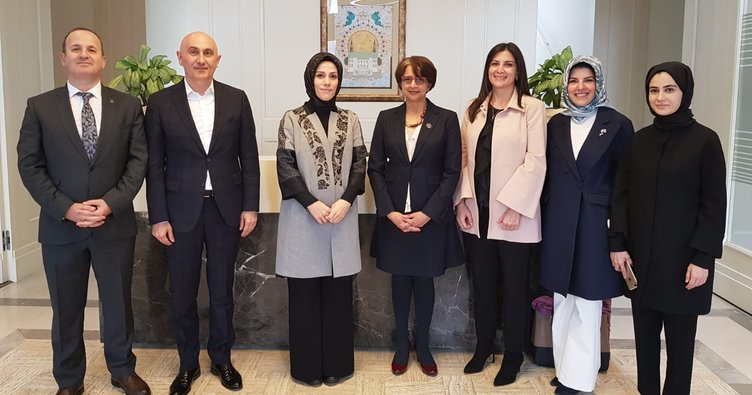 IB Genel Direktörü Siva Kumari NUN Eğitim ve Kültür Vakfını ziyaret etti