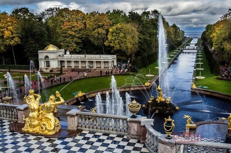 Dünyadaki en dikkat çekici saraylar!