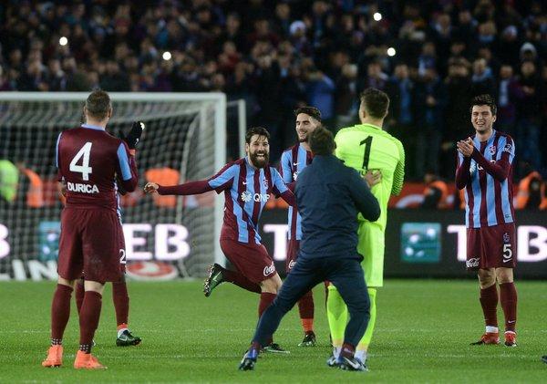 Trabzonspor'dan kolbastı şov