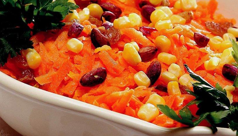 Akdeniz Usulü Havuç Salatası