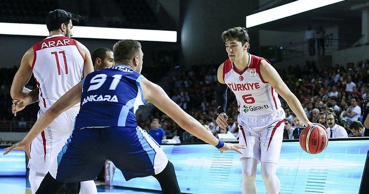 Türkiye Milli Basketbol Takımı, Türk Telekom'u mağlup etti