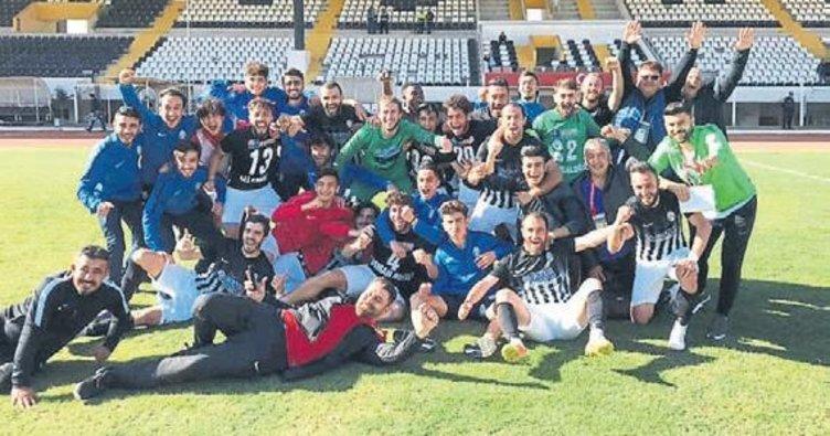 Oğuzhanspor'da şampiyonluk sevinci