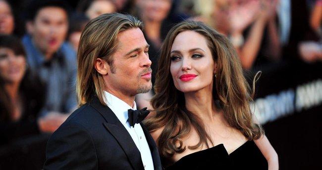Jolie'ye 'skandal uzmanı' danışman