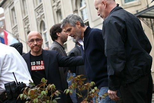 George Clooney tutuklandı
