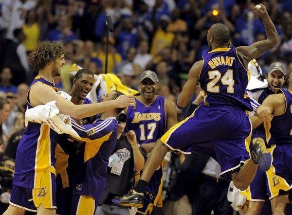 Los Angeles Lakers şampiyon