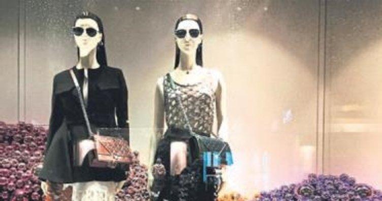 Antalya'da vitrinler güzelleşiyor
