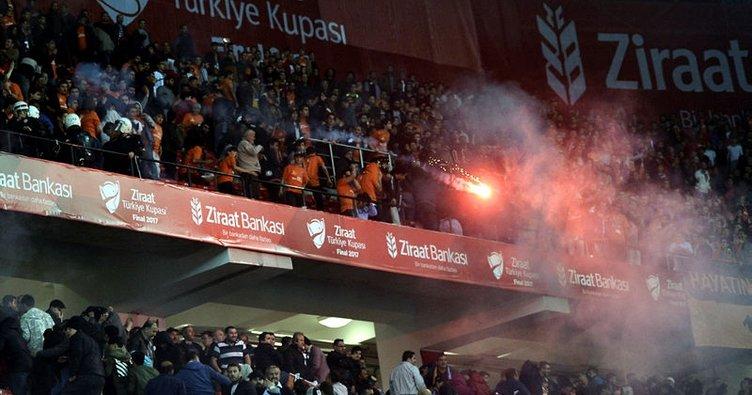 Başakşehir ve Konyaspor'a seyircisiz oynama cezası