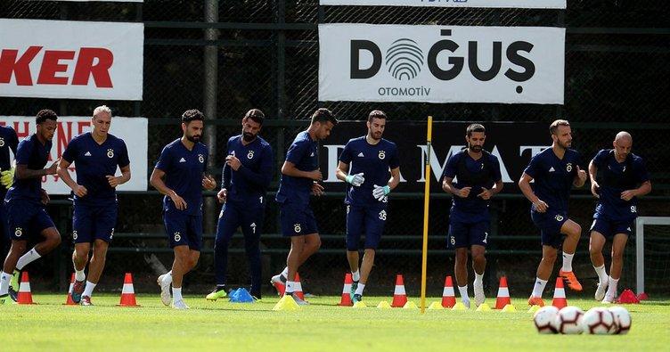 Fenerbahçe Konyaspor'a hazırlanıyor