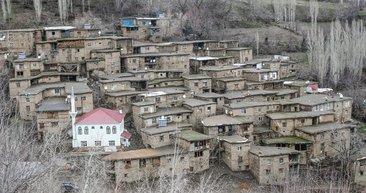 Hizan'ın taş evleri