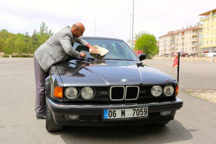 Turgut Özal'ın otomobili satışa sunuldu
