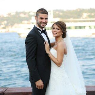 Berk Oktay ile Merve Şarapçıoğlu boşanıyor!