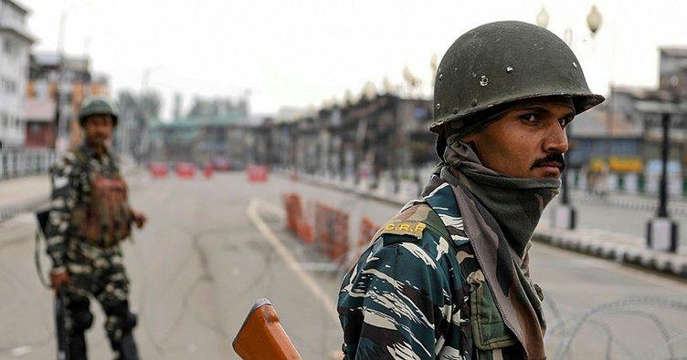 Pakistan-Hindistan sınırında Hint askerleri ateş açtı: 2 ölü, 1 yaralı