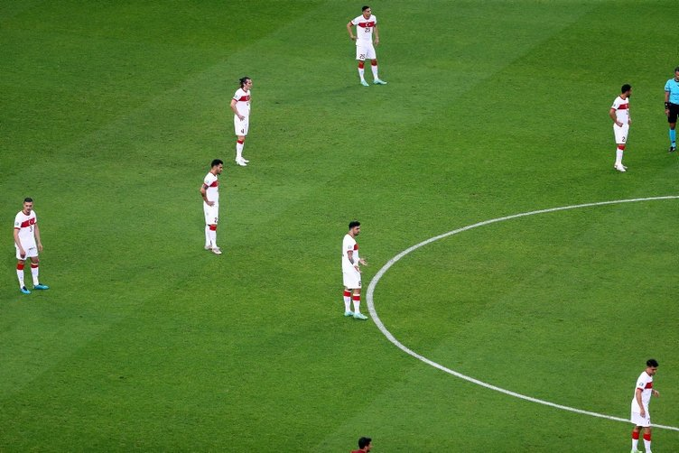 Son dakika: EURO 2020'ye erken veda eden A Milli Takım'da İsviçre maçı öncesi şok kavga!