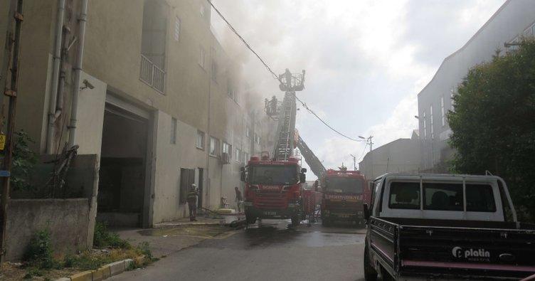 Son dakika: Pendik'te fabrika yangını