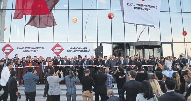 Uluslararası Final Üniversitesi açıldı