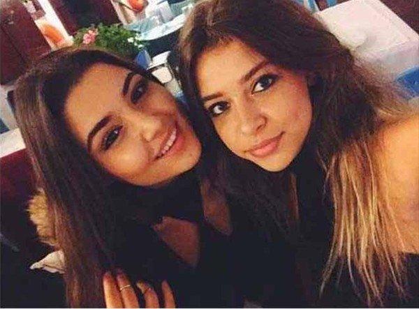 Kardeş olduklarına inanamazsınız! Birkan Sokullu'nun kız kardeşini görenler güzelliğine hayran kaldı!