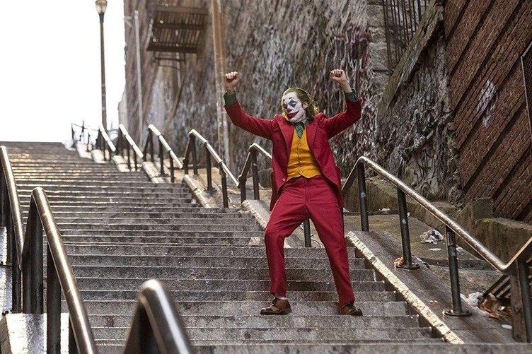 Sosyal medyada yeni akım Joker pozu